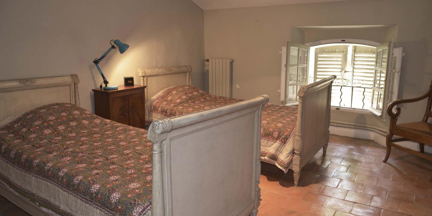 chambre au 2ème étage, bastide le Clos de Villeneuve, Valensole, Provence