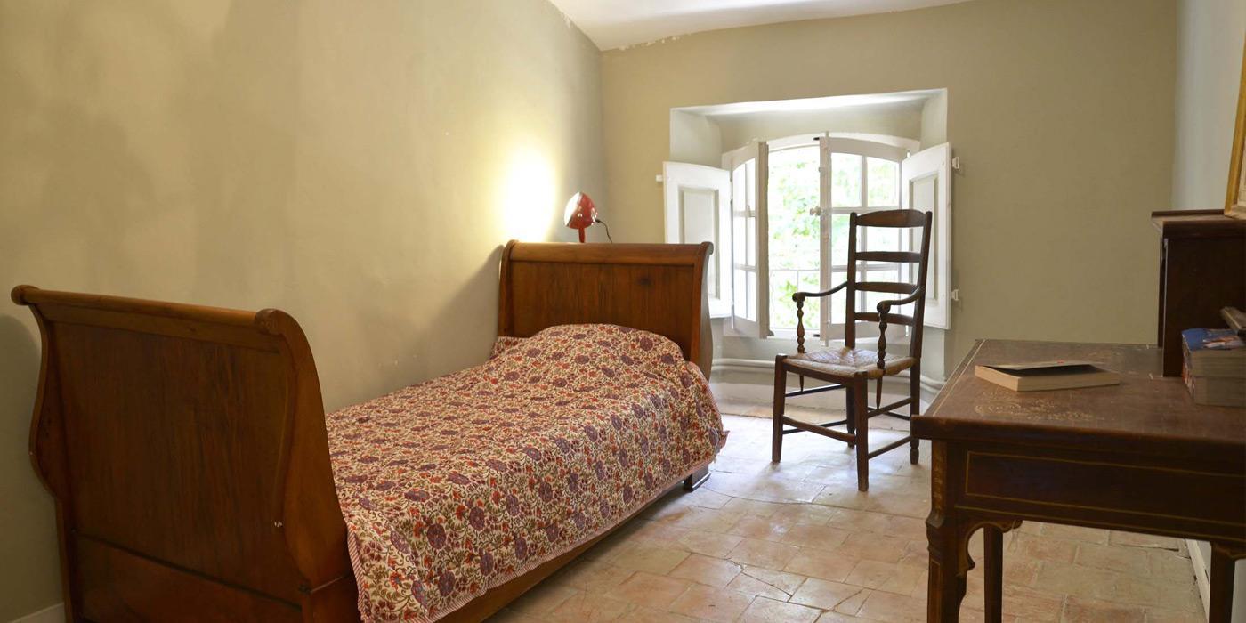 petite chambre au 2ème étage, bastide le Clos de Villeneuve, Valensole, Provence