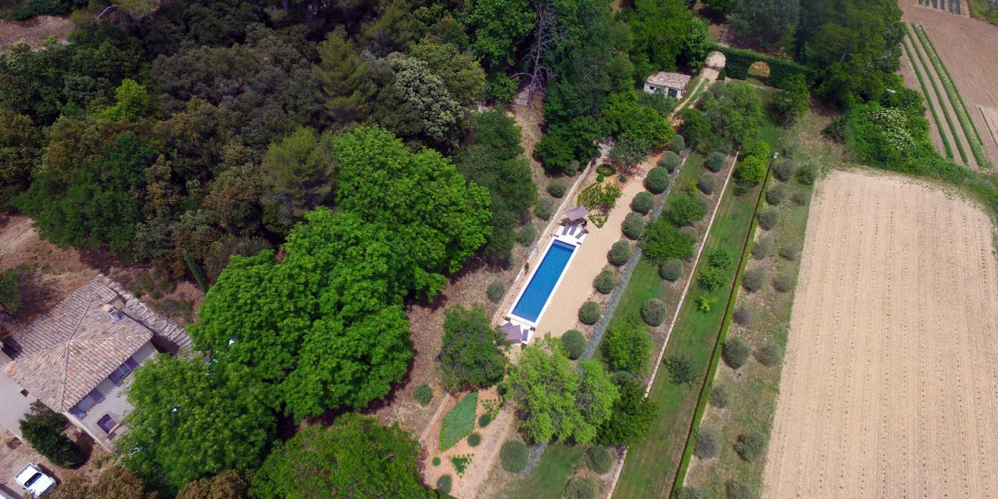 piscine - Clos de Villeneuve - vue aérienne